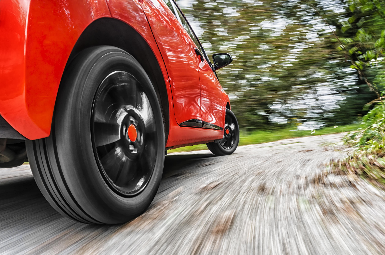 car-driving-curve