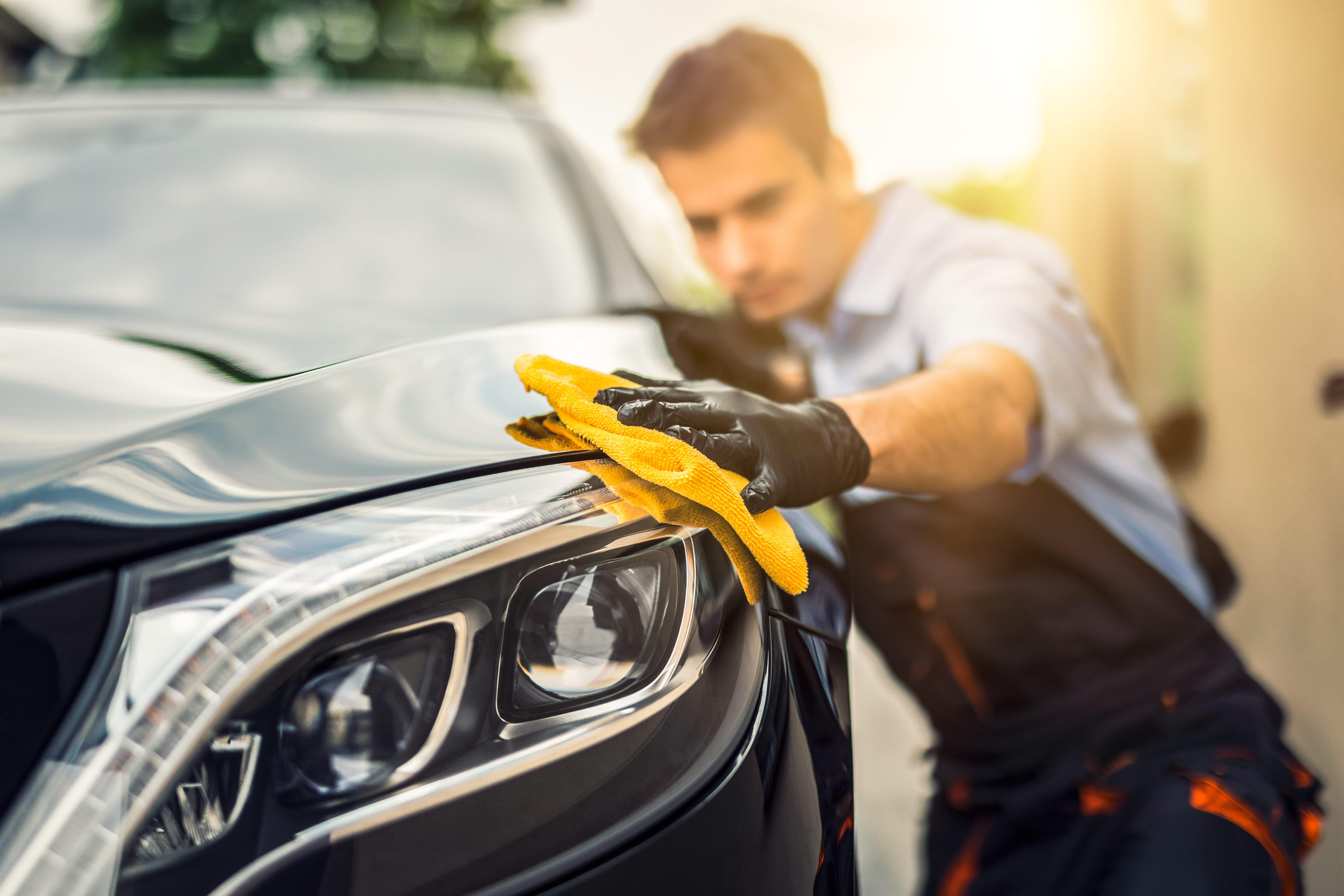 summer-car-washing-cleaning-using-high