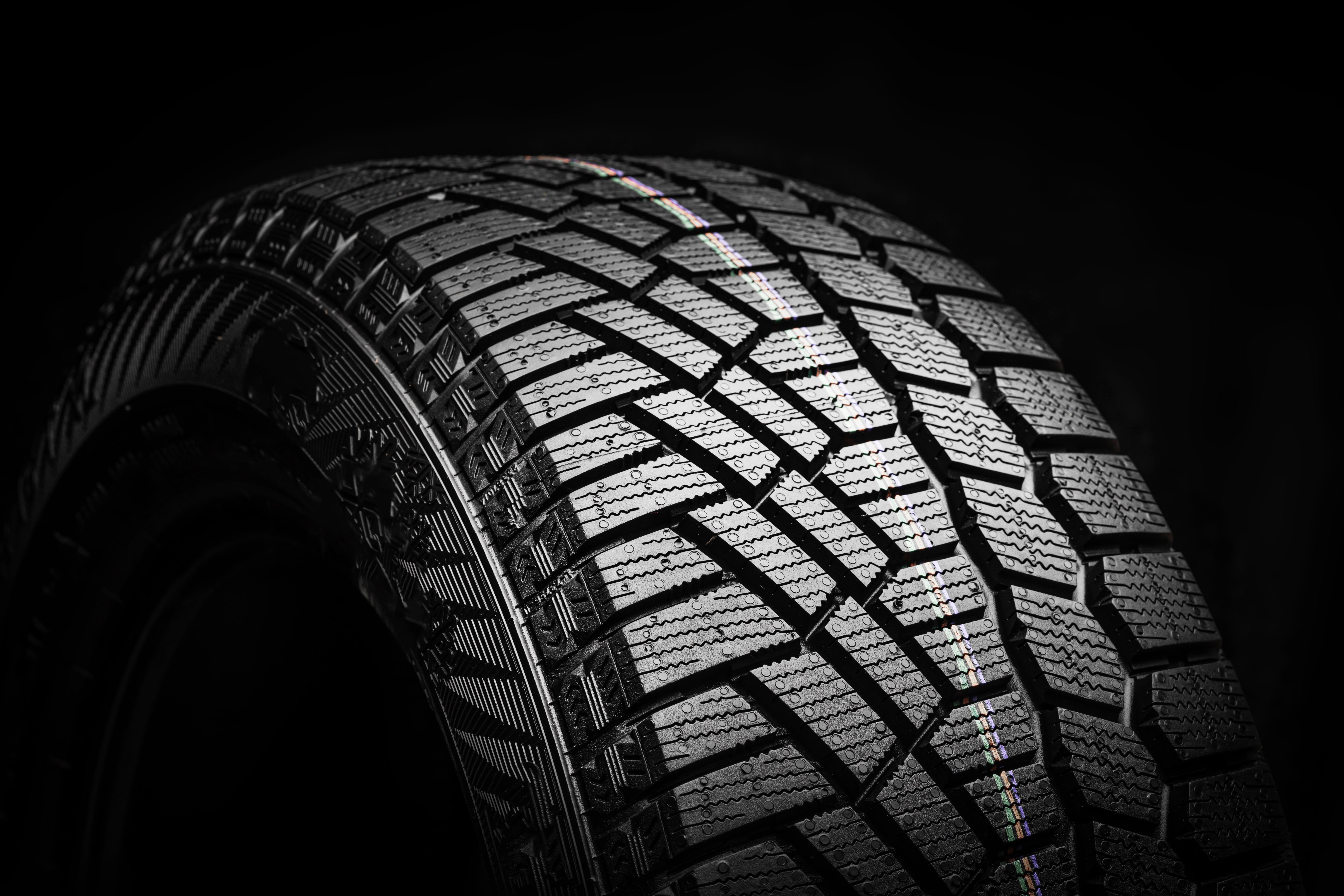 winter-tire-friction-snow-ice-asymmetrical