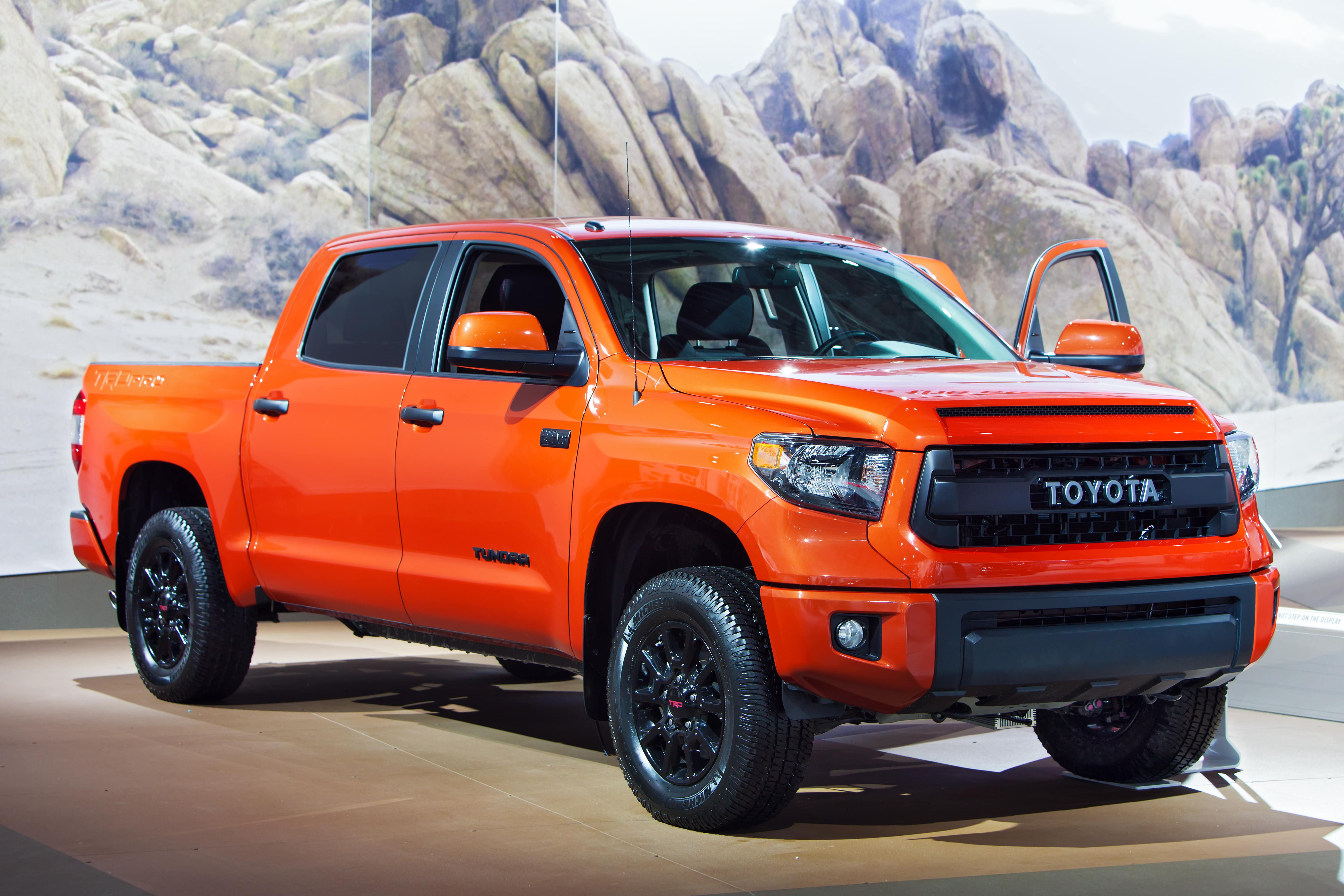 Toyota Tundra cover